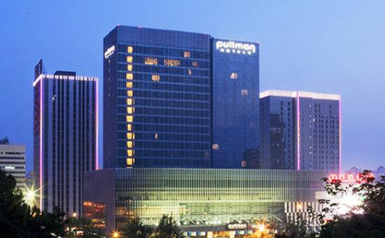万达酒店野心:摆脱国际管理公司单飞 三五年内管理一体