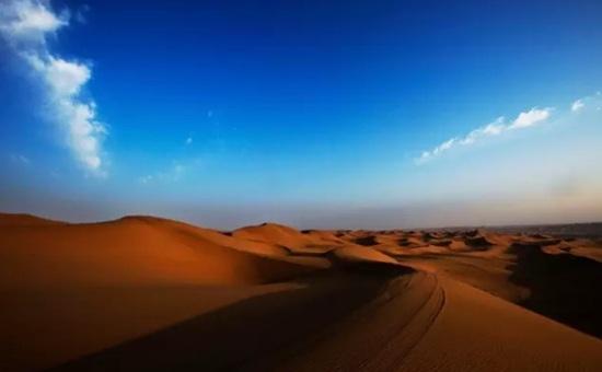 芒果网推腾格里沙漠人文之旅  赴狂野浪漫沙漠盛宴