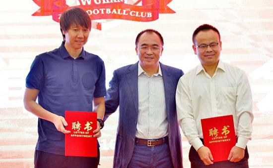 卓尔足球俱乐部管理层调整 驴妈妈王小松出任董事长兼行政总裁
