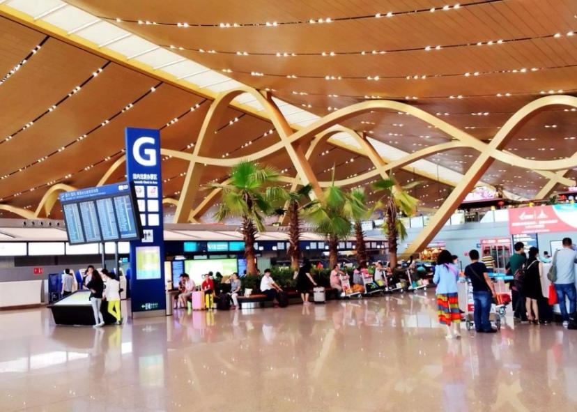 全国184个机场约七成亏损 中小机场如何减负高飞