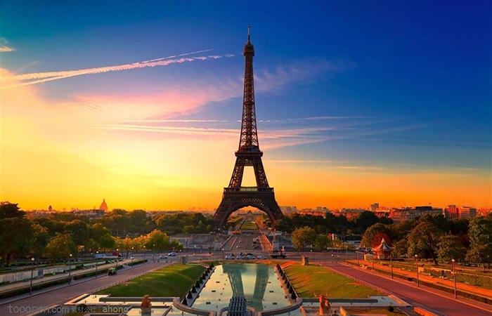 法国将重罚违规民宿出租行为 最高罚款超1万欧元