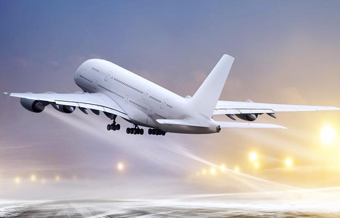 多家航空公司取消免费餐 乘客:票价也应该该降下来
