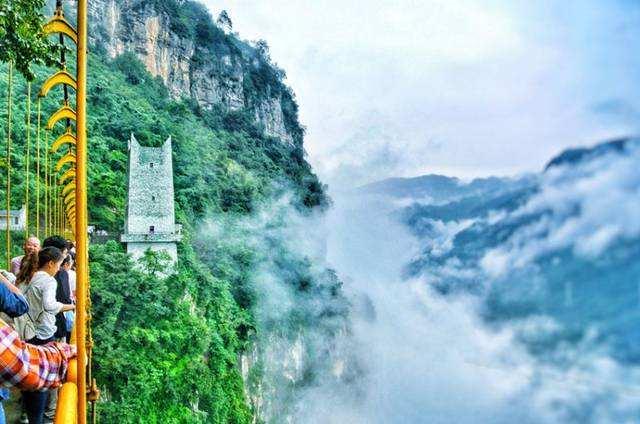 """中国旅游景区的""""十宗罪"""""""