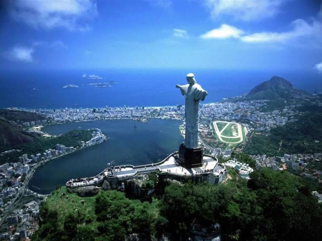 a 當前位置: 前瞻網 ? 資訊 ? 產經 巴西總統宣布將對中國游客免簽 首次對發展中國家免簽